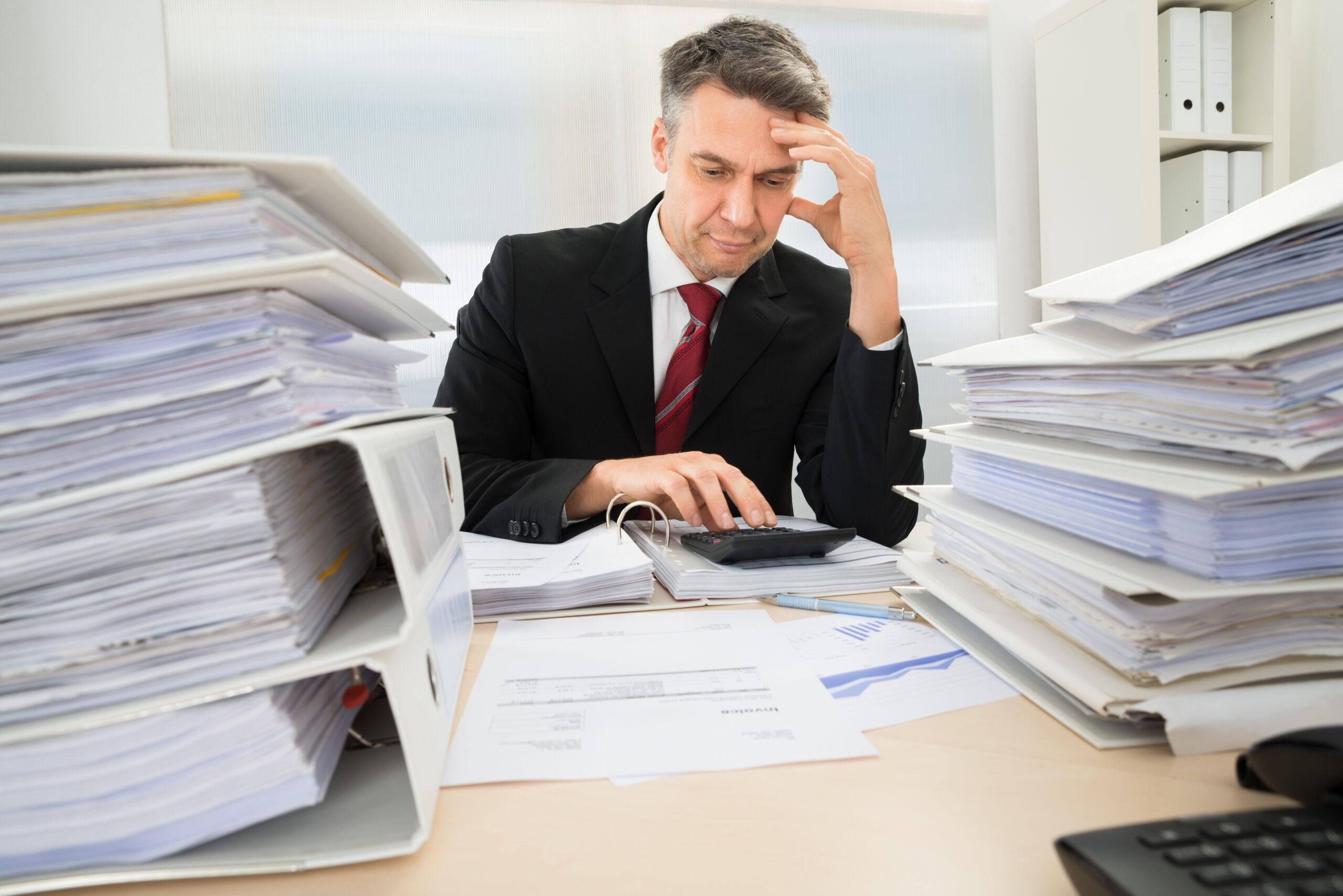nieopłacone rachunki – odsetki, blokada usług